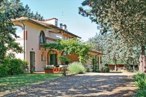Montespertoli Apartment Sleeps 4 T241436
