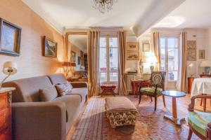 Parisian flat with balcony near Latin Quarter 6p - Paris