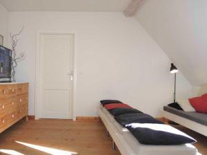140 m_ _ Ferienwohnung im Gutshaus, Prázdninové domy  Jarnitz - big - 12