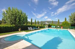 San Gimignano Apartment Sleeps 2 Pool Air Con WiFi - AbcAlberghi.com