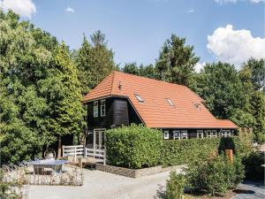 Eight-Bedroom Holiday Home in Bruchterveld - Itterbeck