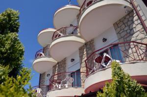 Hostales Baratos - Giorgio Apartments