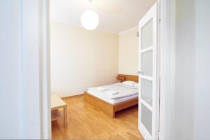 Goodnight Warsaw Apartments - Wspólna 69