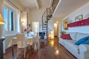 A cozy apartment in Oltrarno - AbcAlberghi.com