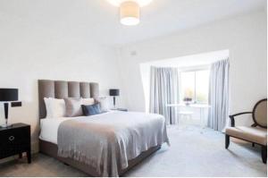 M B Oxford street apartments - Finsbury