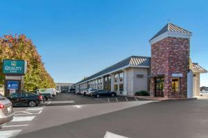 Quality Inn Riverfront - Hotel - Harrisburg