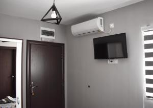 Apartmani Zrenjanin, Гостевые дома  Зренянин - big - 51