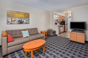 TownePlace Suites Knoxville Cedar Bluff - Hotel - Knoxville
