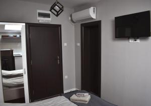 Apartmani Zrenjanin, Гостевые дома  Зренянин - big - 31