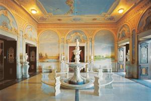 Taj Falaknuma Palace (8 of 56)
