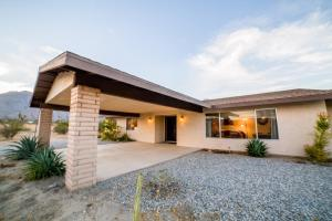 St. Vincent: Swim By The Mountains Home, Case vacanze  Borrego Springs - big - 28