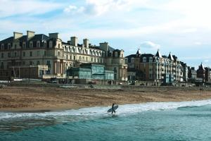 Grand Hôtel Des Thermes, Hotel  Saint Malo - big - 32