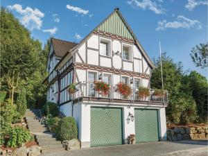 Three-Bedroom Holiday Home in Attendorn - Finnentrop