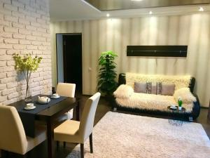 Apartment Delux InCity - Vilkhove