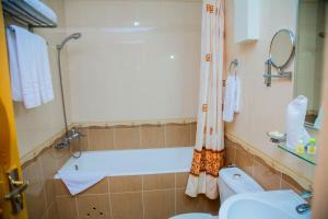 Hotel Grand Samarkand, Hotel  Samarkand - big - 33