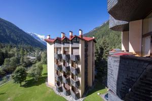 Sainte-Foy-l'Argentiere Apartment Sleeps 4 T454462 - Hotel - Chamonix