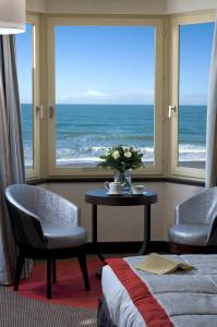 Grand Hôtel Des Thermes, Hotel  Saint Malo - big - 56