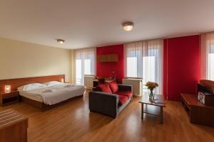 Urpín City Residence, Hotels  Banská Bystrica - big - 5