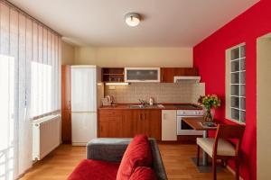 Urpín City Residence, Hotels  Banská Bystrica - big - 56