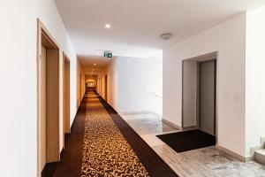 Urpín City Residence, Hotels  Banská Bystrica - big - 67