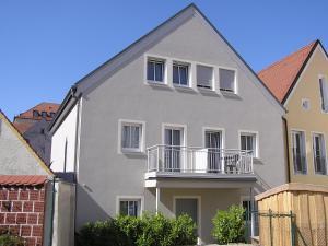 Gästehaus zur Promenade - Burgheim