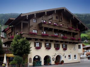 Landhotel Kaserer - Hotel - Bramberg am Wildkogel