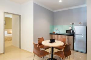 Golden View Serviced Apartments, Апартаменты  Джорджтаун - big - 3