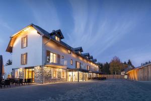 Hotel Tannenhaus - Erlbach