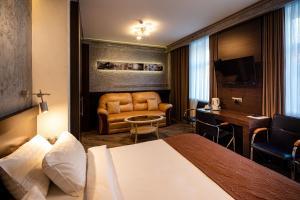 Biplan Hotel - Myza Birkinel