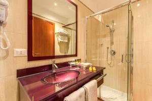 Augusta Lucilla Palace, Hotels  Rome - big - 62