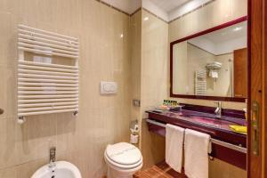 Augusta Lucilla Palace, Hotels  Rome - big - 65