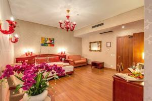 Augusta Lucilla Palace, Hotels  Rome - big - 73