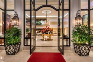 فندق بيفرلي هيلز بلازا