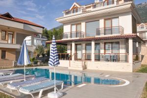 Ovacik Villa Sleeps 8 Pool Air Con WiFi - Ovacik