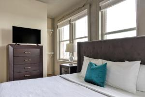 Stay Alfred at Chisca, Apartments  Memphis - big - 149