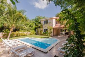 Villas Picalu Studios & Suites - بويرتو أفينتوراس