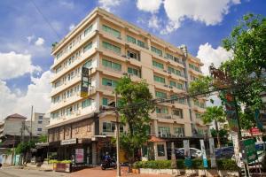 Nara Suite Residence Bangkok - Bang Yo