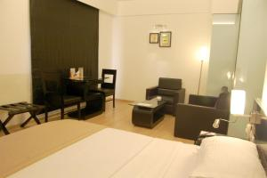 Comfort Inn Sunset, Hotels  Ahmedabad - big - 52