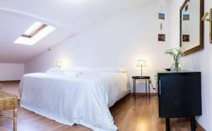 Casa Garisenda - 2 minutes from the Two Towers - AbcAlberghi.com