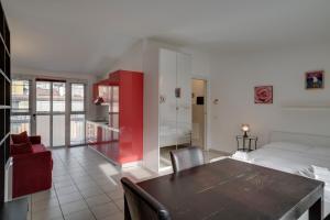 Adorable modern apartment near Corso Buenos Aires - AbcAlberghi.com
