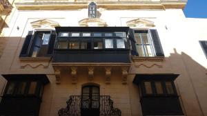 Palais Le Brun (19 of 77)