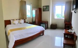 Hoang Yen Canary Hotel - Xom Lang Mai