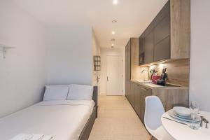 Studio Apartments - HARROW - SK - Stanmore