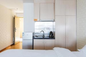 Coastline International Apartment, Apartments  Guangzhou - big - 65