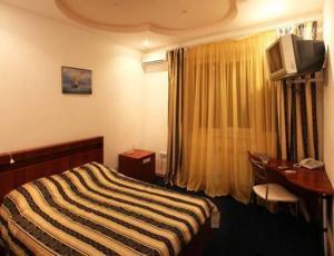 Гостиница Корона, Канаш