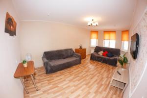 """Apartment """"Chayka House"""" on Volzhskoy Naberezhnoy 25 - Tolokontsevo"""