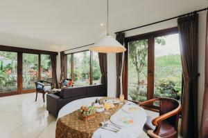 Villa Annapurna River view, Pensionen  Mengwi - big - 32