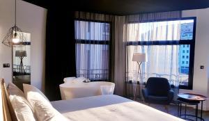 Hotel Tayko Bilbao (1 of 106)