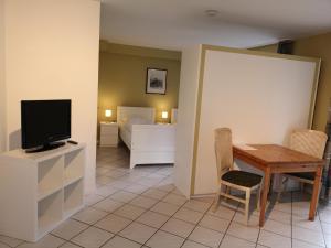 Pension zur Post, Apartments  Eutin - big - 11