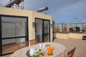 City Living Suite Tk 3 Rm 1